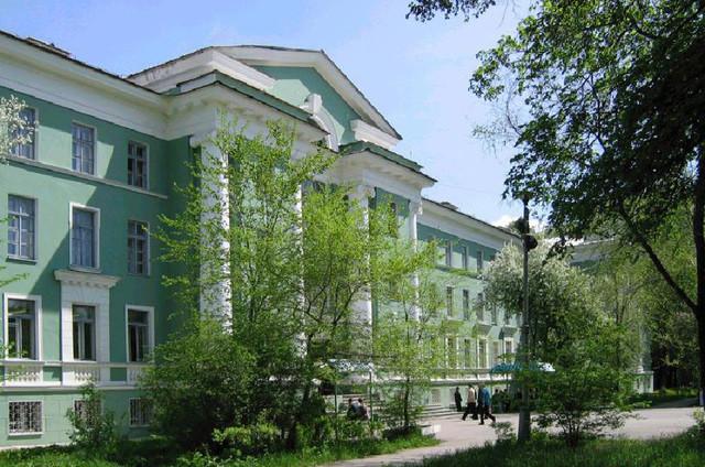 Здание Озерского технологического института МИФИ