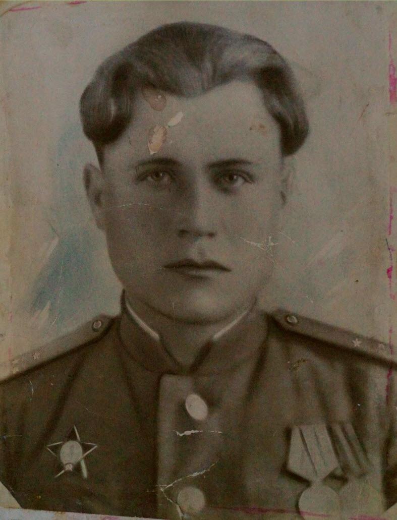 прадед Хомутинников Николай Алексеевич